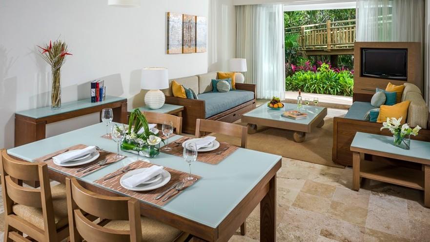 Villa Vera Puerto Vallarta Resort