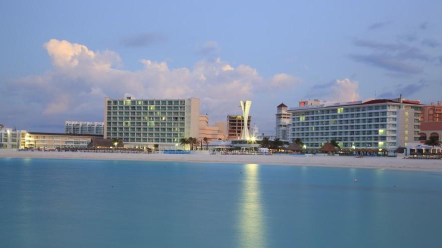 1 Bedroom Suite at Krystal Cancun