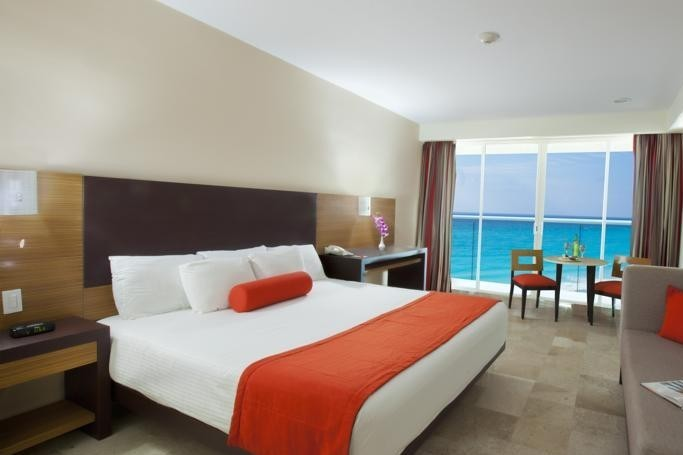 Platinum 2 Bedrooms at Krystal Resorts
