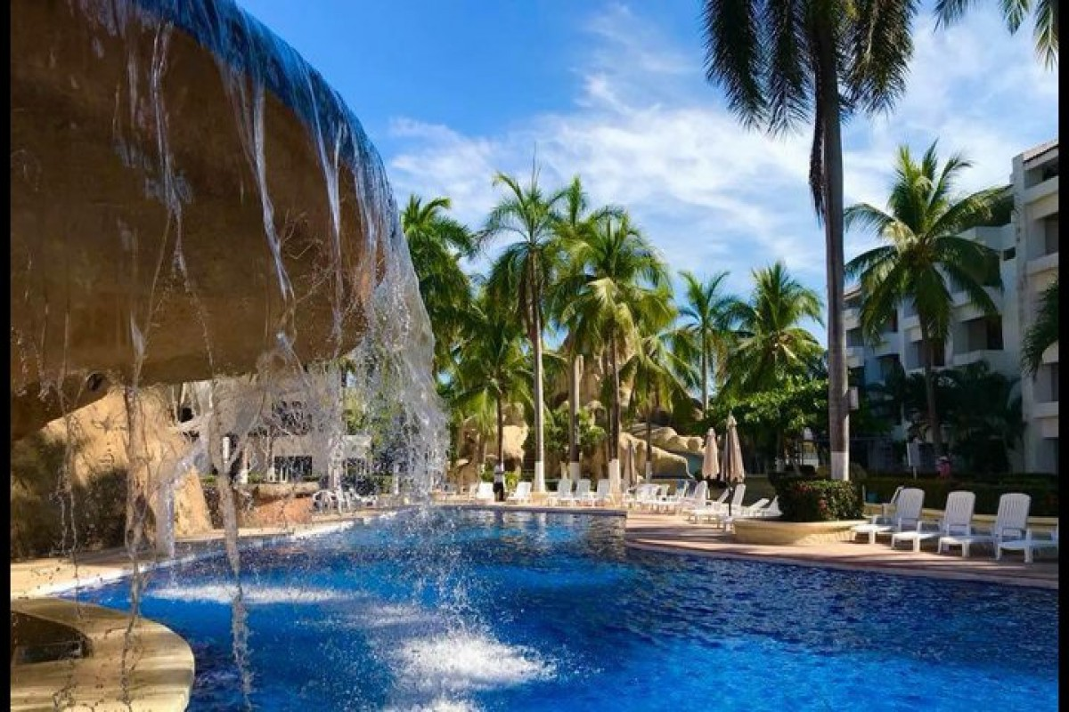Ixtapa Palace Resort