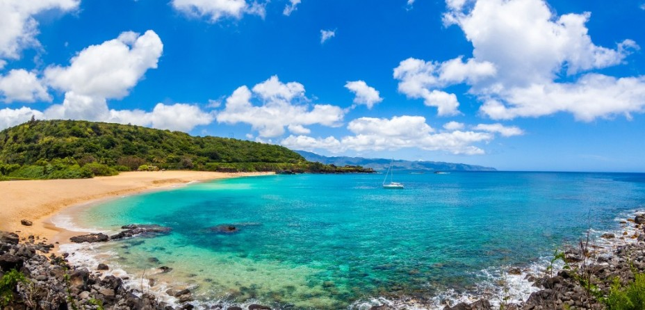 9 Hawaiian Beaches You Just Can't Miss